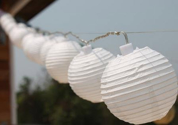 Outdoor Chinese lantern string lights